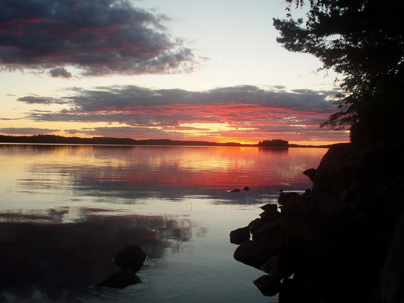 Auringonlasku Käenniemestä