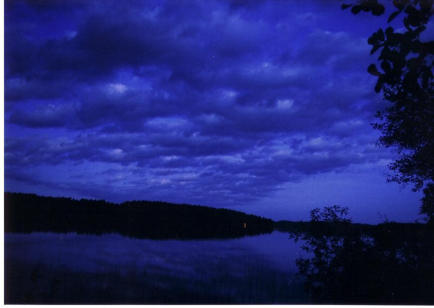 Vesijako yöllä