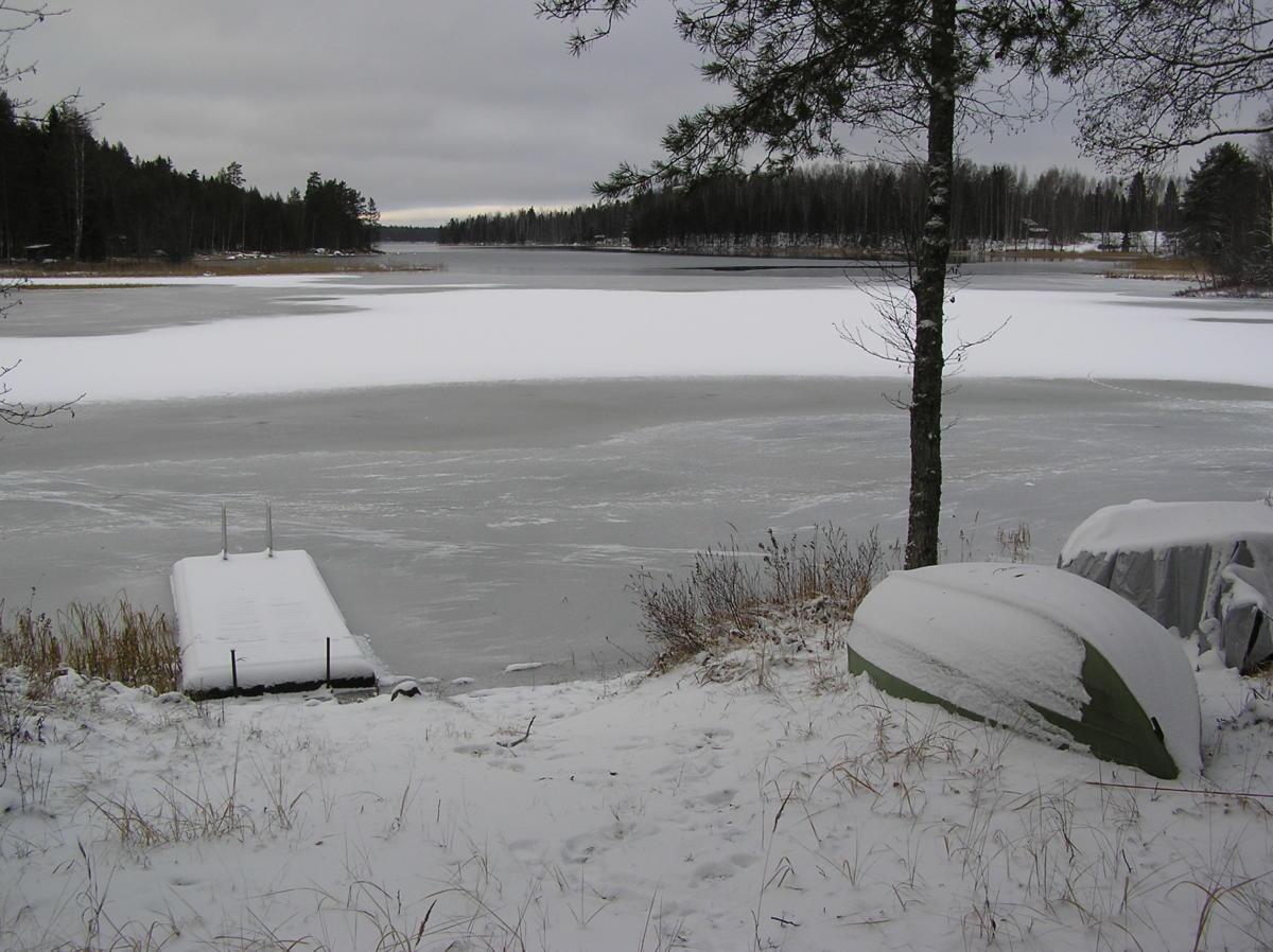 Vesijako rannalta talvella