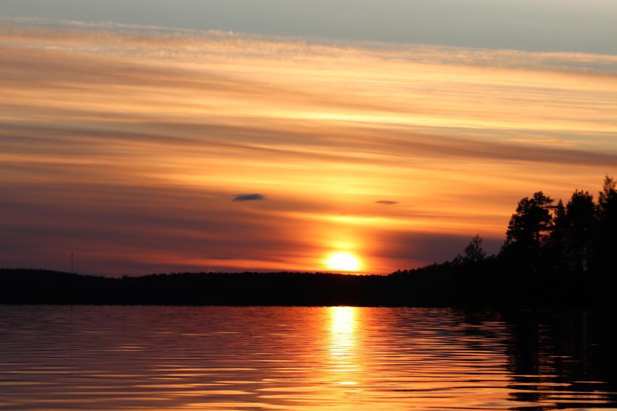 Auringonlasku - Suullisenlahti