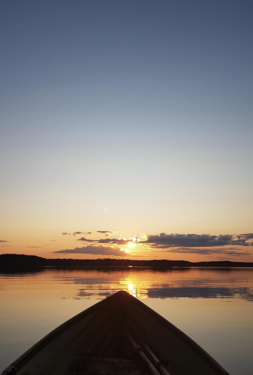 Kohti auringonlaskua 9.8.2019 - Käenniemen edusta