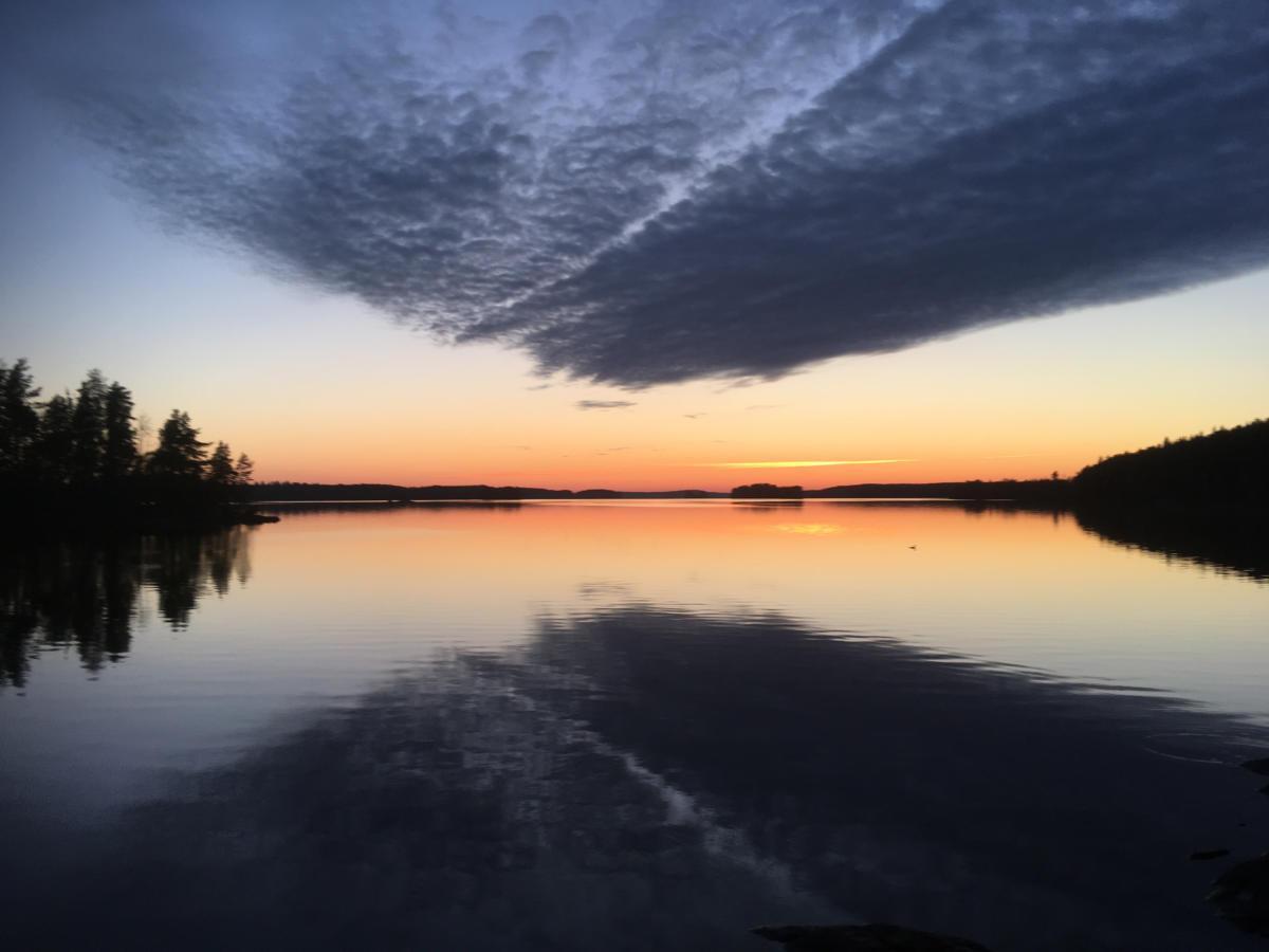Vesijako by night - Löyttyniemi
